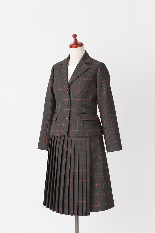 テーラードジャケットとスカート(2020SS)
